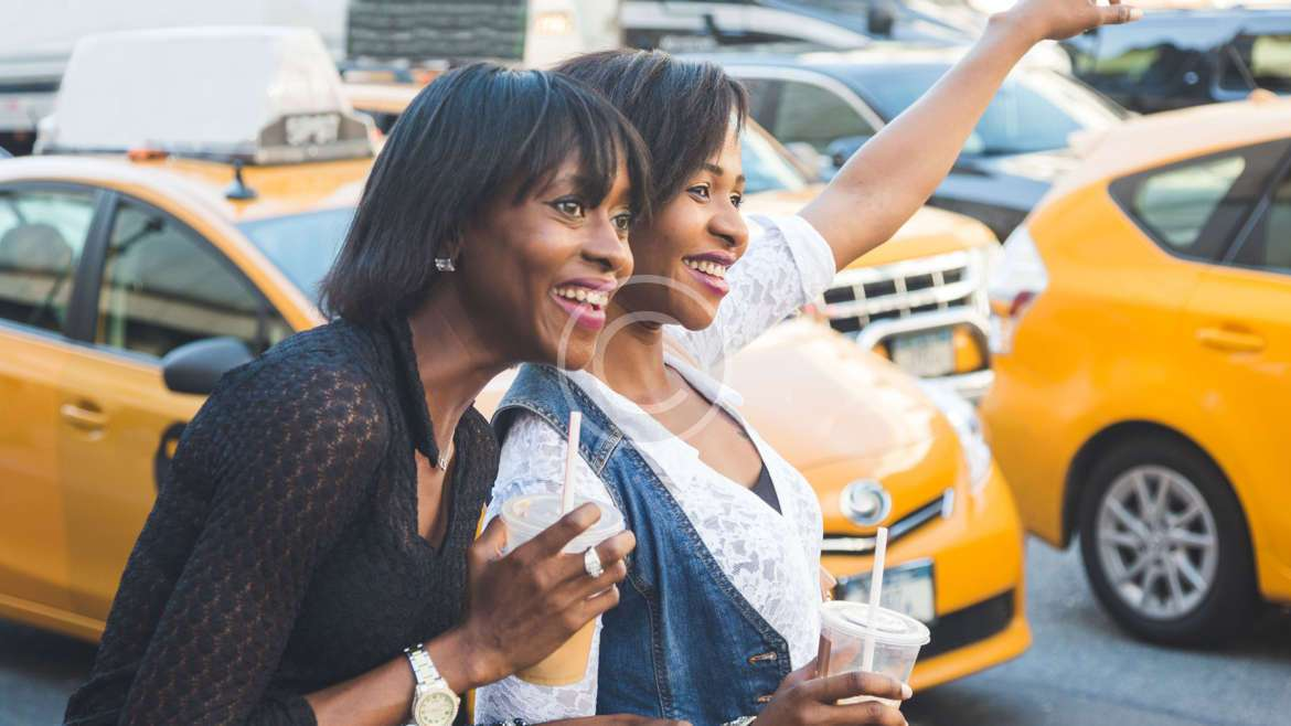 5 Advantages of Using a Cab Service